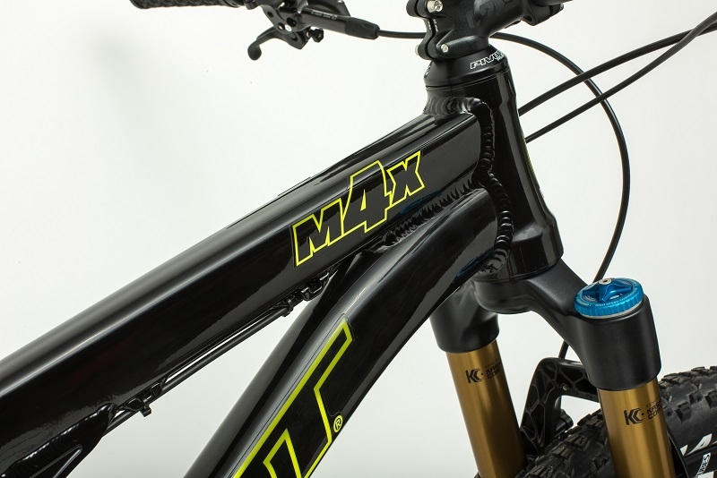 m4x-detail-2